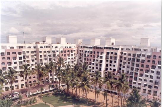 diamond district, bangalore, apartment complex