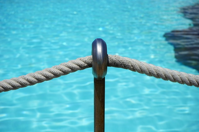 rope on swimming pool