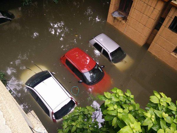 #ChennaiFloods #ChennaiCars